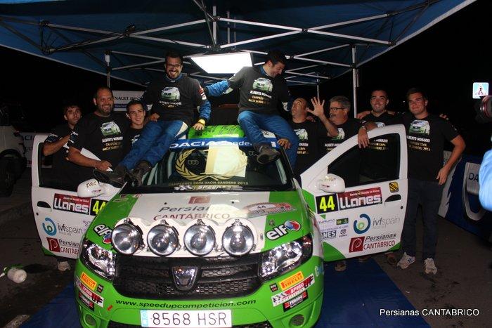 Alberto Monarri , Rodrigo san Juan y Speed Up competiccion  celebrando la copa Dacia