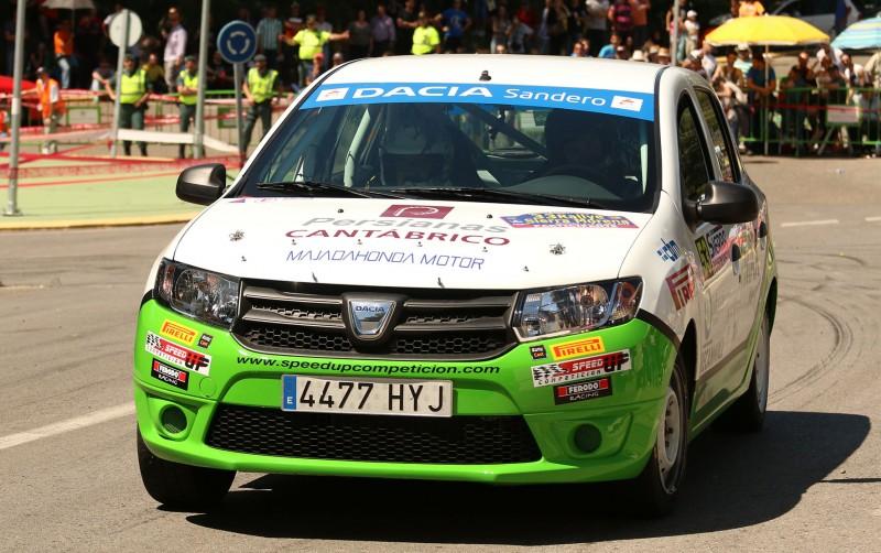 Dacia Sandero del trofeo 10 años Dacia
