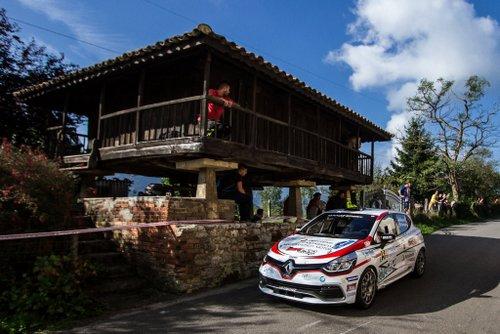 Renault Cliuo r3 en rallye Princesa de Asturias