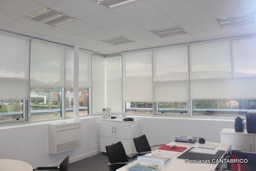 ventanal con estores bandalux blanco