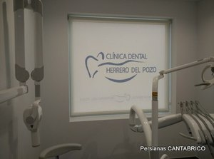 clinica dental con estor impreso digitalmente