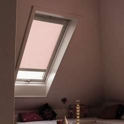 Estor Velux color rosa